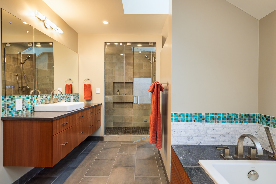 West Seattle Master Bathroom   Bumi Design | Seattle Home remodels |  Additions | Bathrooms | Kitchens | Basements | Dormers